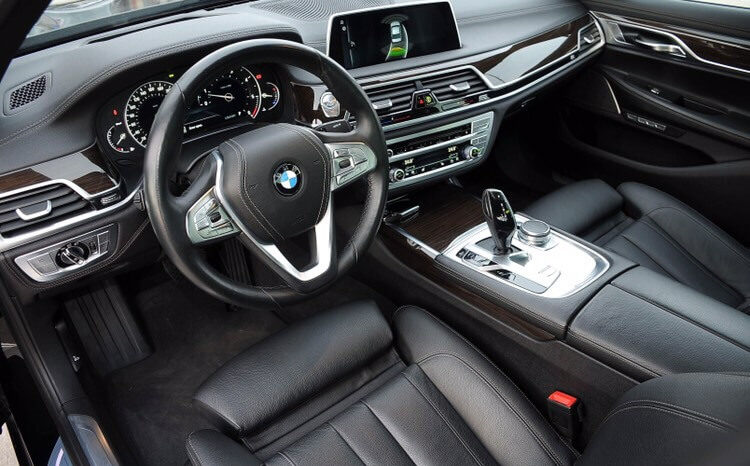 BMW 730 XDrive Edition Carbon completo